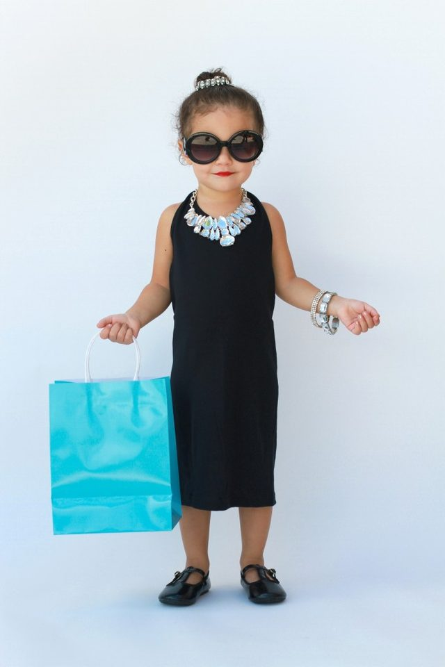 Breakfast at tiffanys costume
