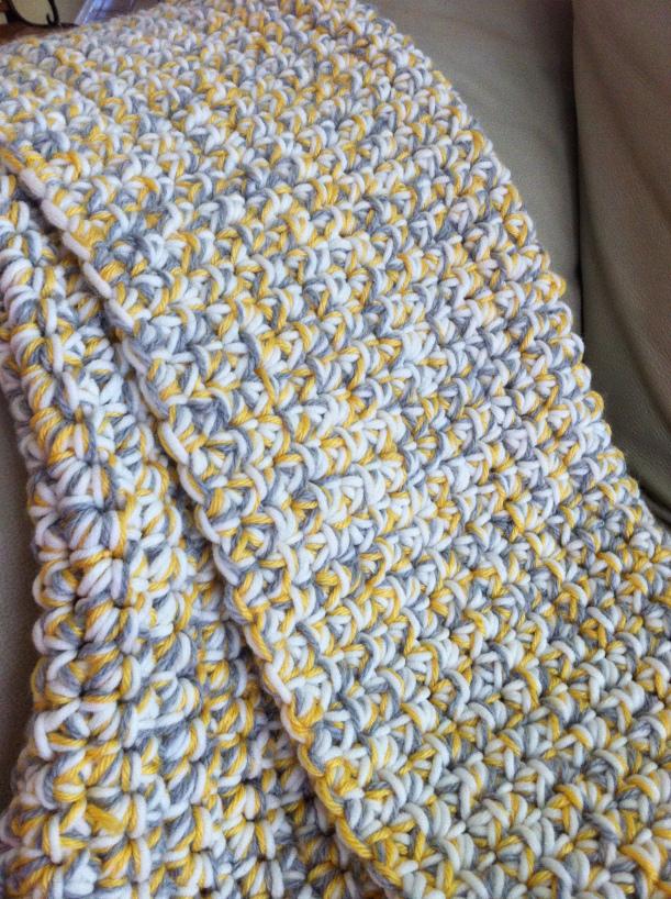 Chunky diy crochet baby blanket