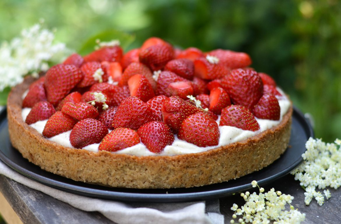 Danish strawberry pie