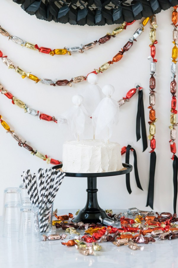 Diy candy garland party decor