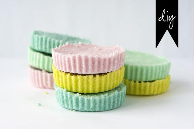 Diy cupcake liner bath bomb