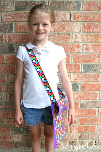 Diy duct tape messenger bag