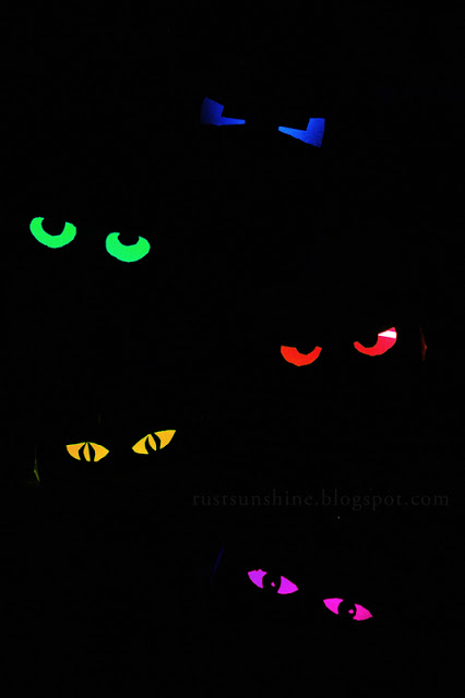 Diy glowing eyeshalloween decor