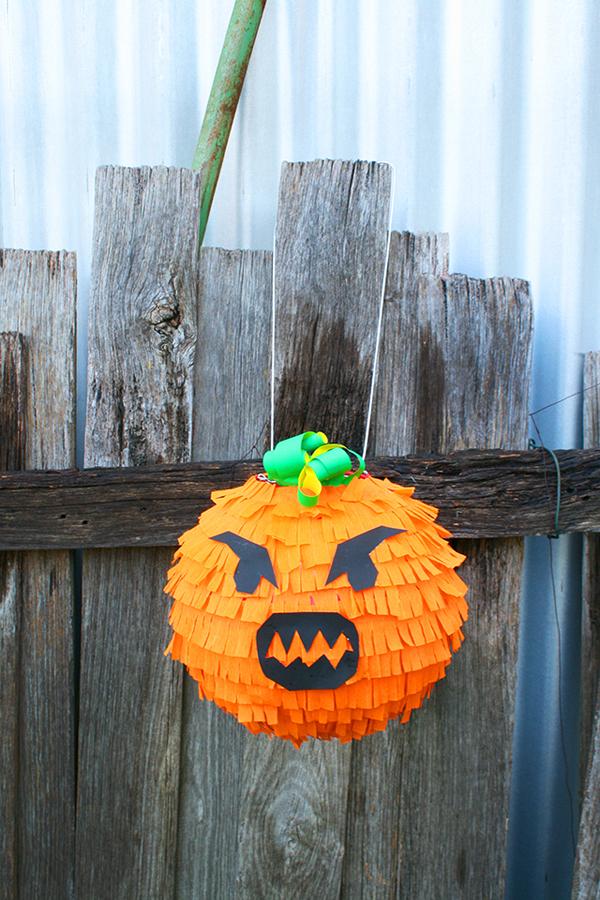 Diy pumpkin pinata