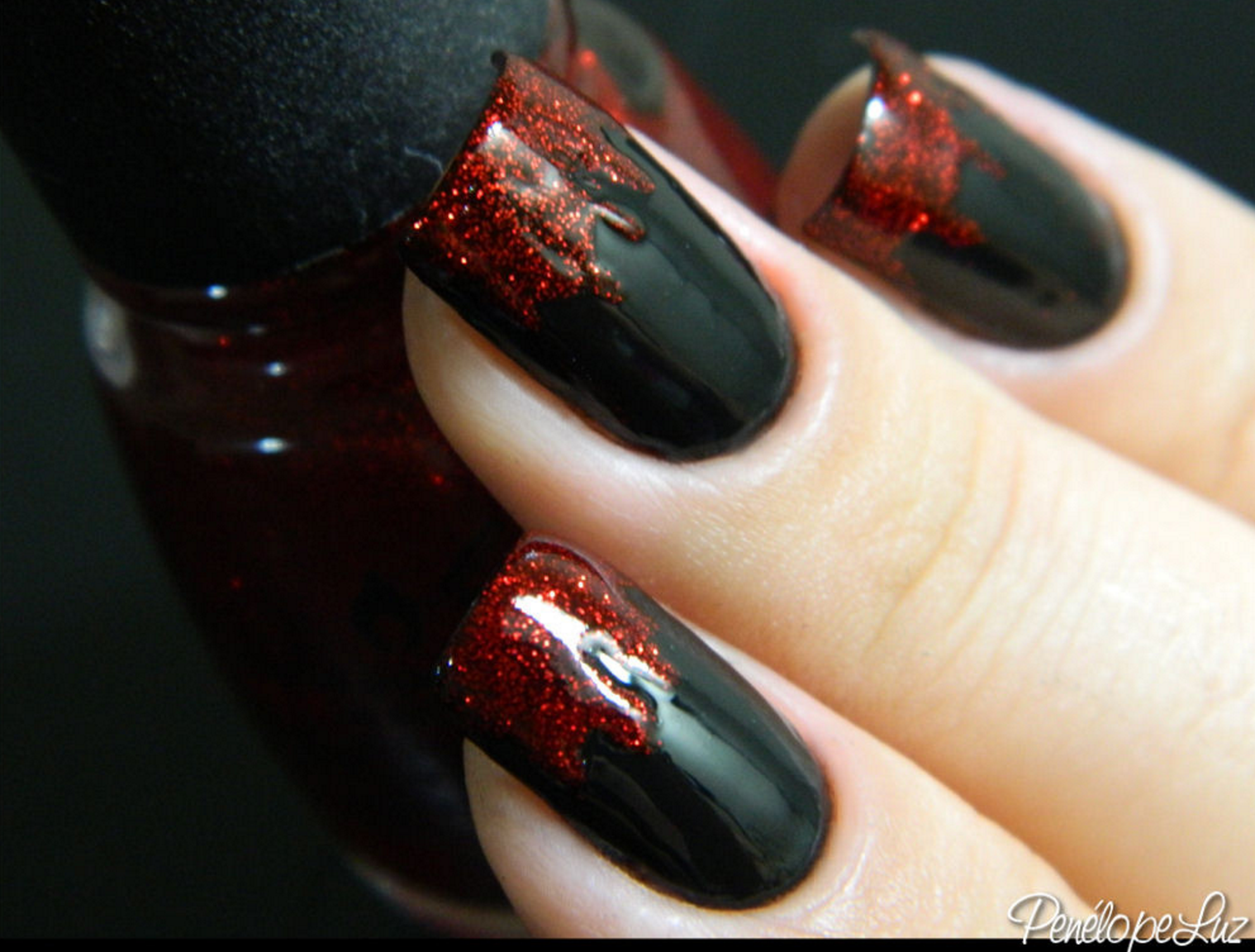 Dripping blood halloween manicure