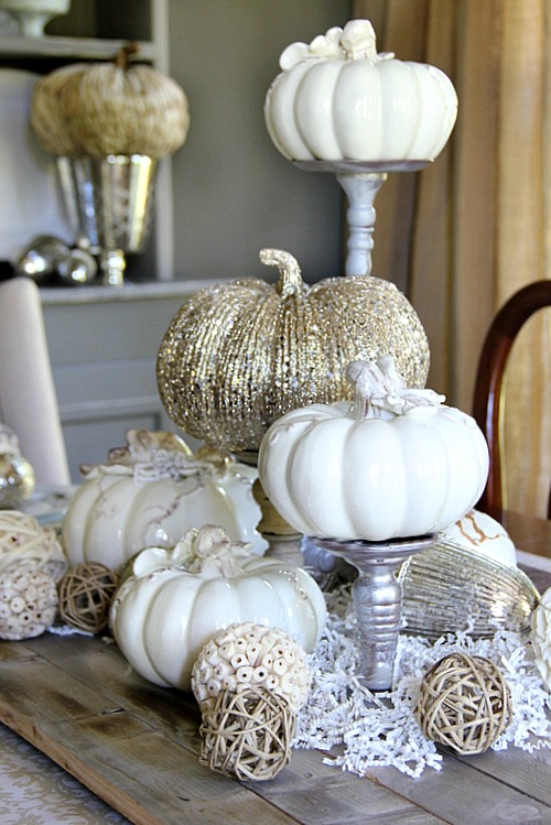 gold halloween party decor - Sophisticated Halloween Decorations