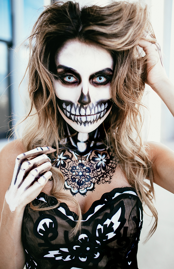 Skeleton creative halloween makeup
