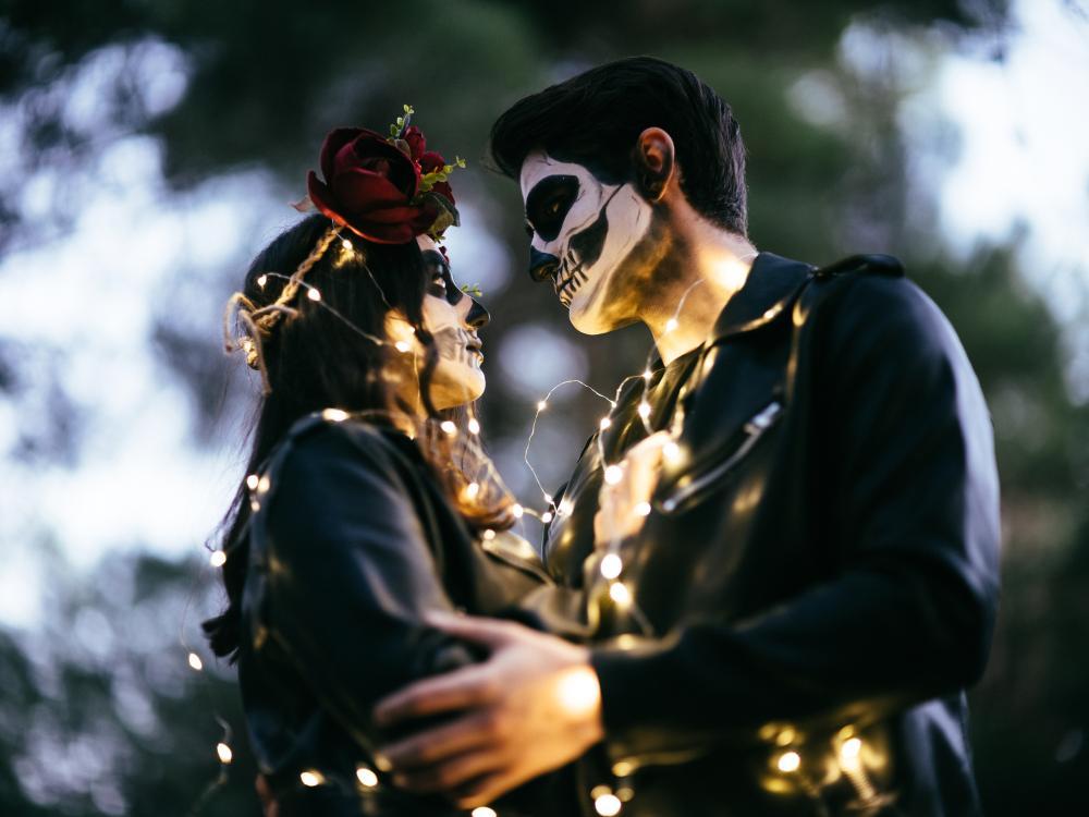 50 couples halloween costumes