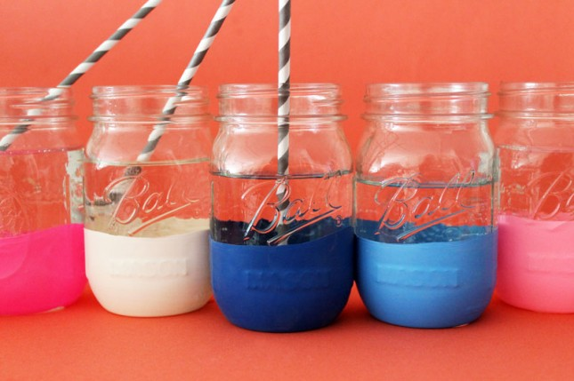 "Balloon ""dipped"" mason jars"