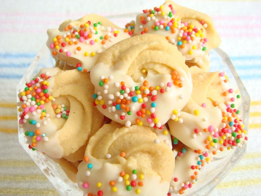 Butter spritz sprinkle cookies