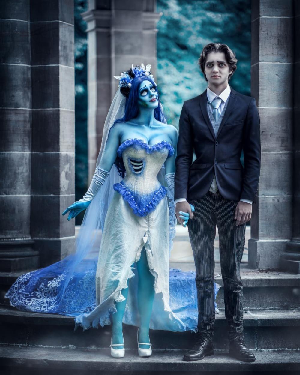Couples halloween costume corpse bride and husband cosplay