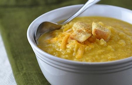 Creamy cauliflower cheddar soup