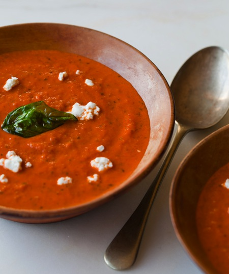 Creamy tomato and roasted basil soup