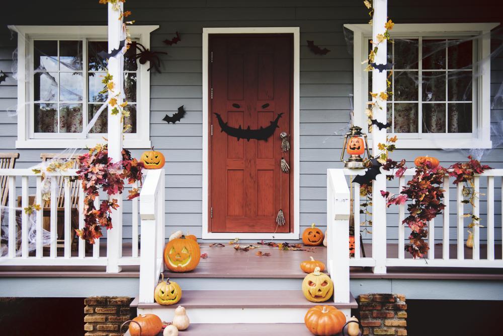 Creepy face halloween front door decorations