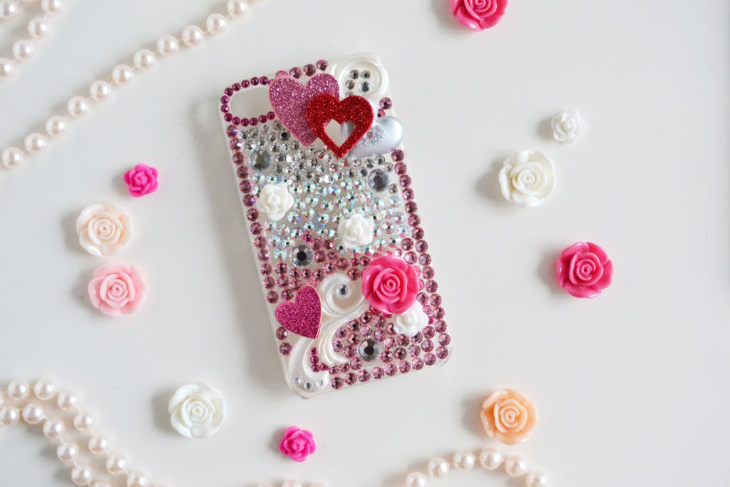 huge discount f9d5e 84efc DIY Rhinestone Cellphone Case