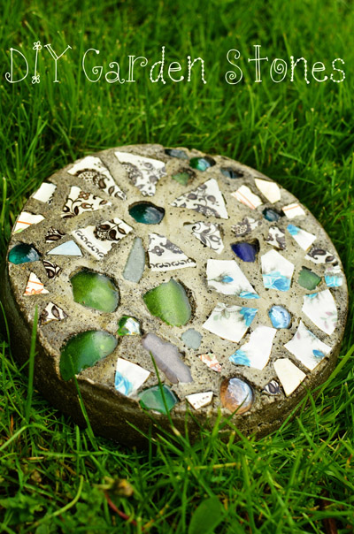 Diy stone and glass stepping stones
