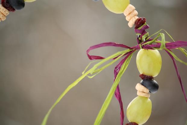Fruit and grain birdfeeder diy
