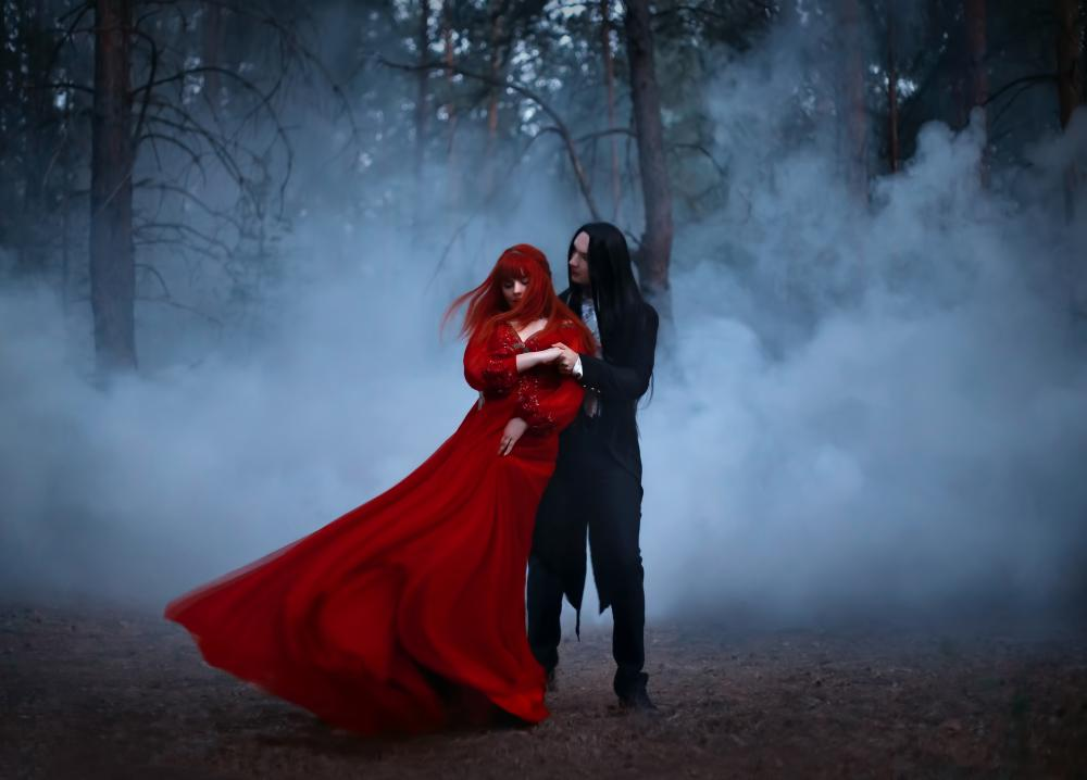 Gothic couple costume ideas