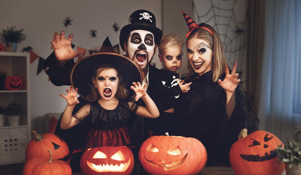 Halloween witch themed family photo