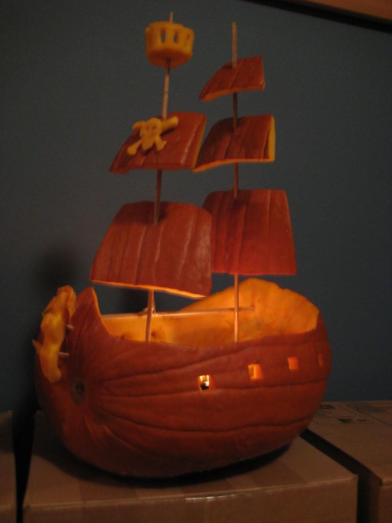 Halloween pirate ship