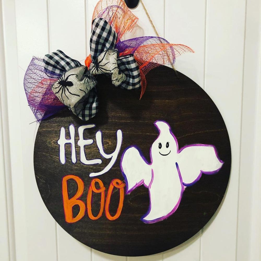 Hanging door sign for halloween