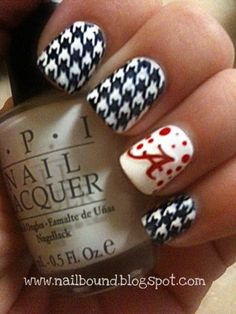 Houndstooth manicure