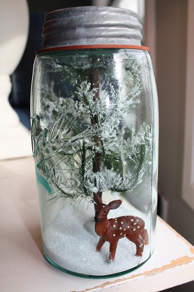 Mason jar terrarium snowglobe diy