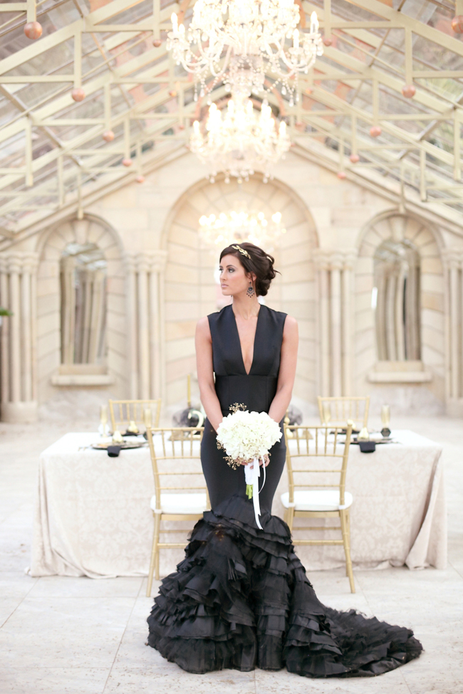 Opulent monochrome black wedding inspiration
