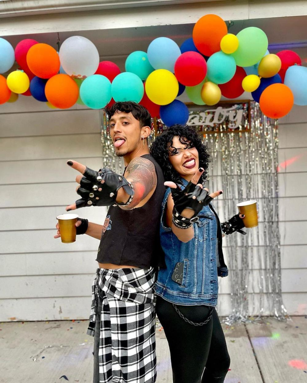 Rock and roll 80s couple costumes