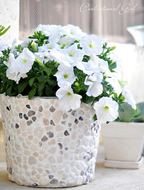 Rock mosaic flower bucket
