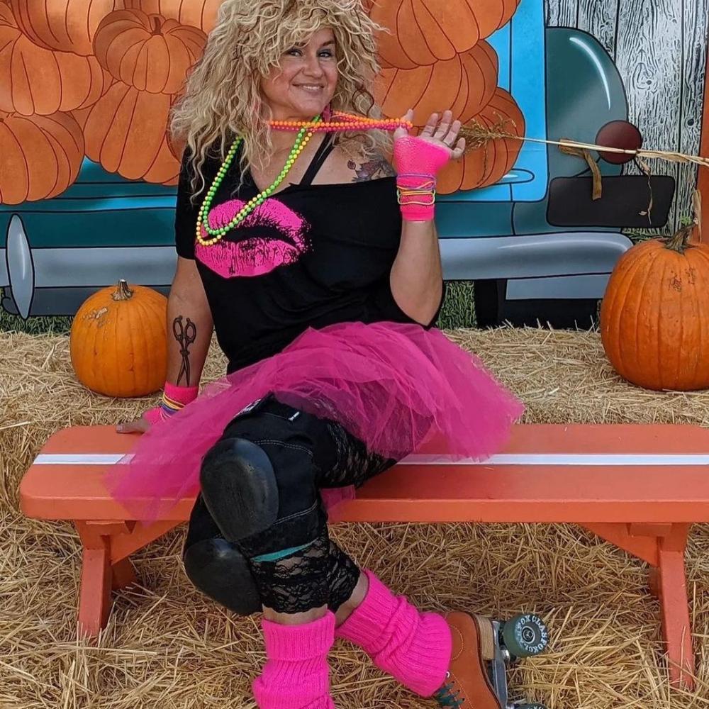 Roller girl 80s costume