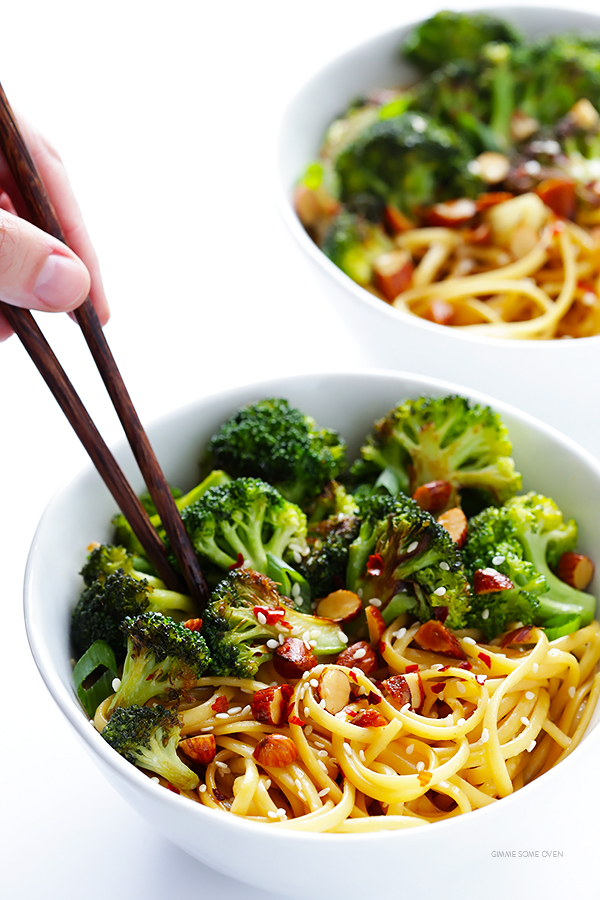Sesame noodles with broccoli and almonds 2