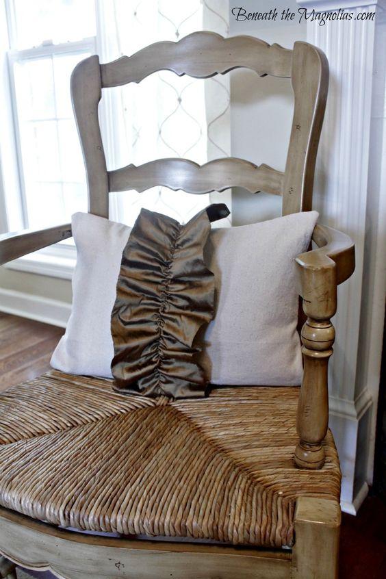 Silk pillow ruffle