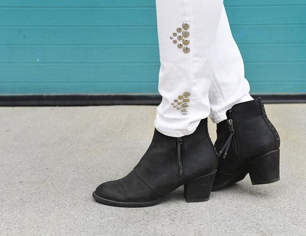 Stud embellished skinny jeans