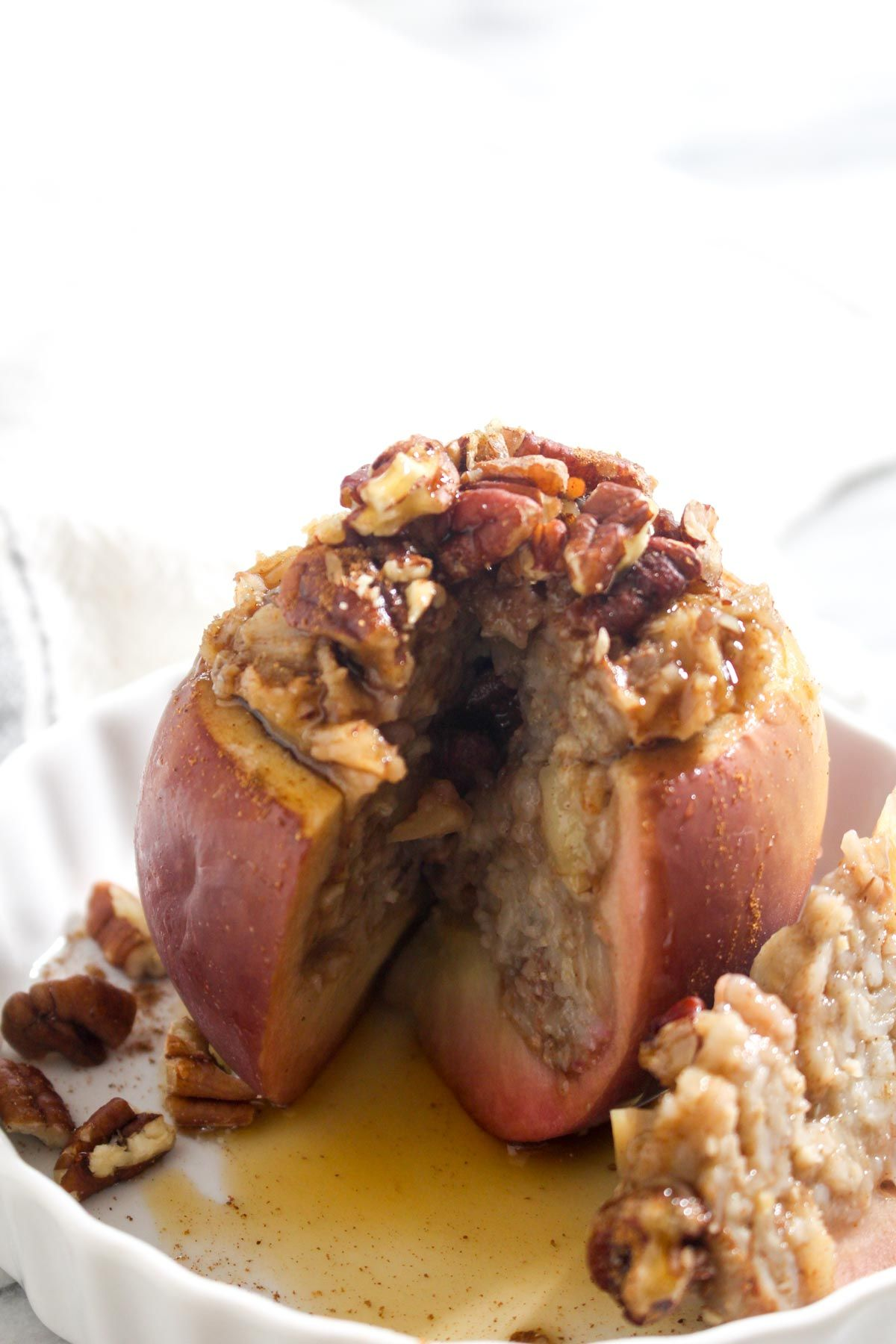 Thanksgiving oatmeal stuffed baked apples