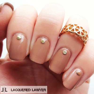 Coffee shop brown nail art