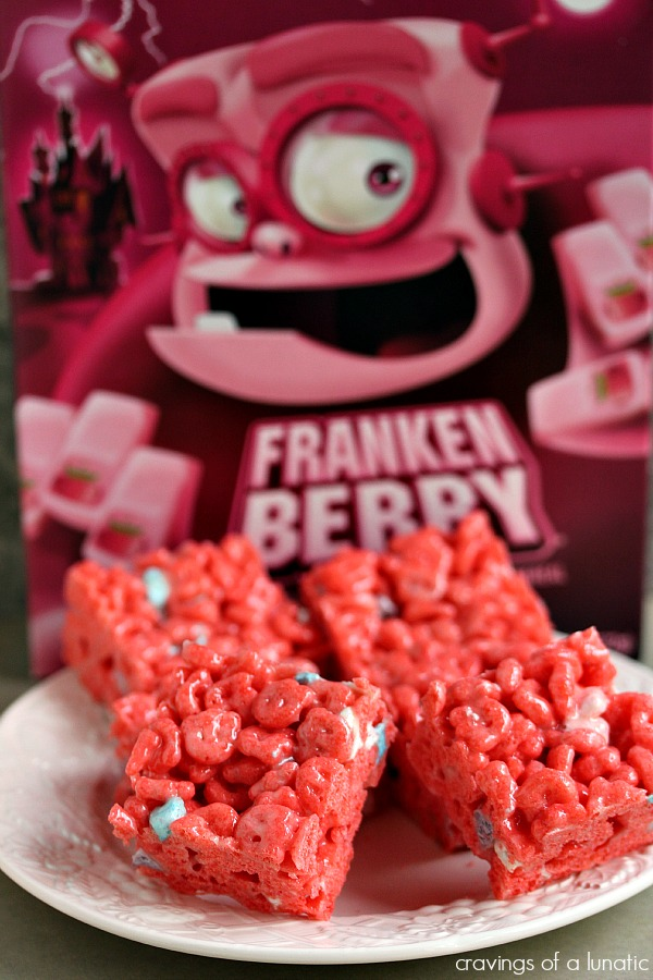Diy frankenberry rice krispie treats