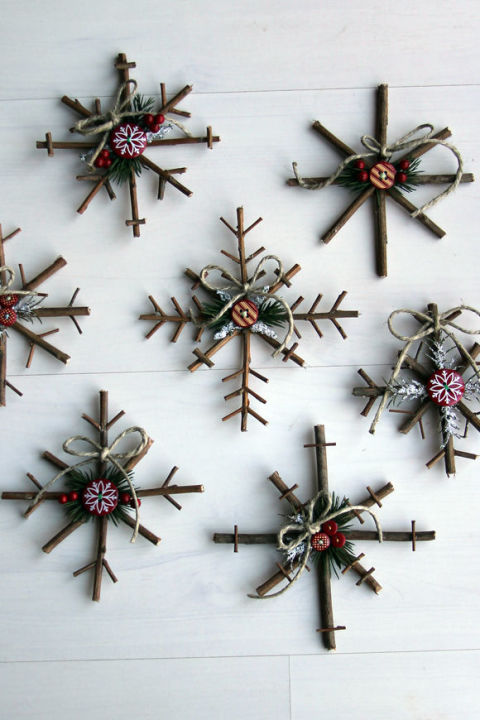 rustic snowflakes diy - Homemade Christmas Ornament Ideas