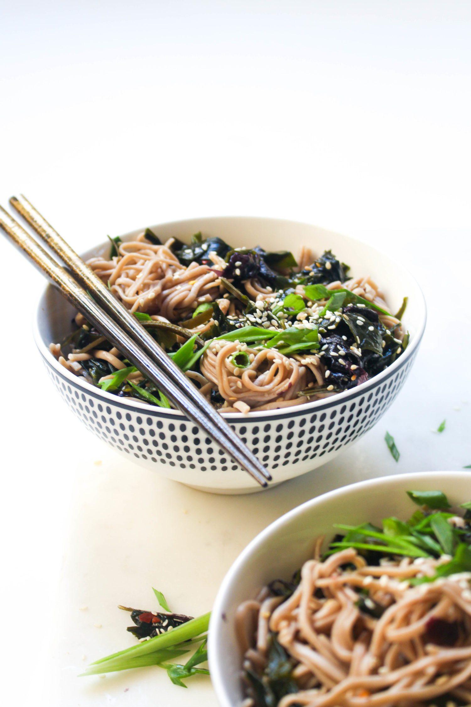 Seaweed soba noodles