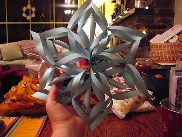 3d swirling snowflake