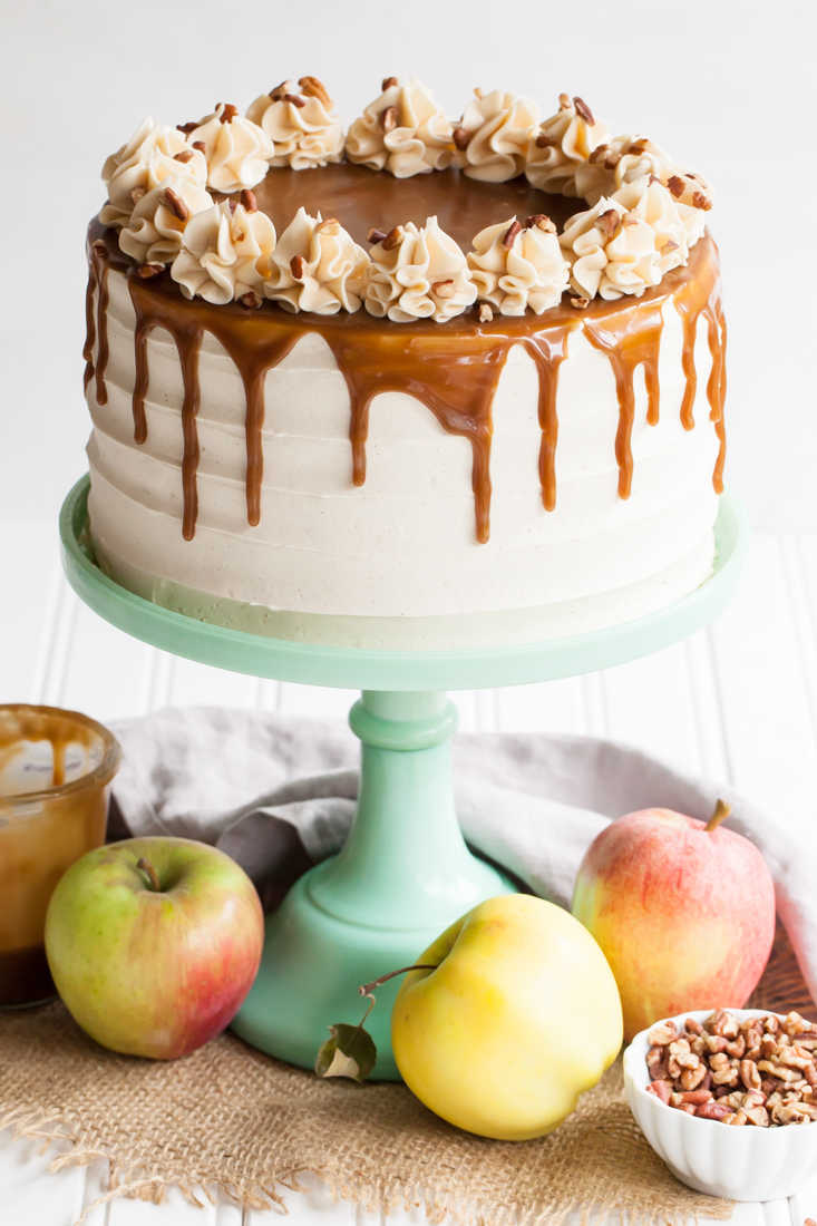Apple+toffee+crunch+cake+with+spiced+buttercream+and+toffee+glaze