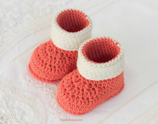 Autumn blaze baby booties crochet pattern 5