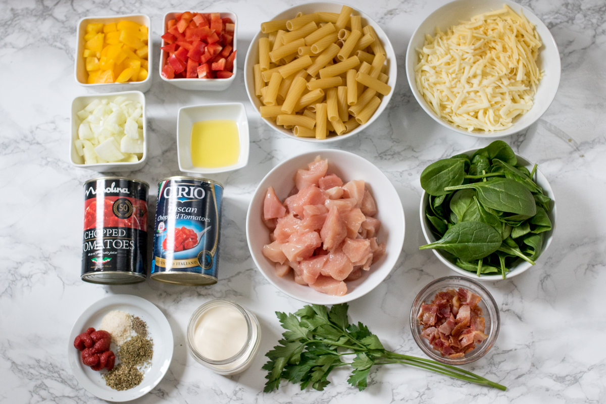 Chicken bacon pasta bake ingredients