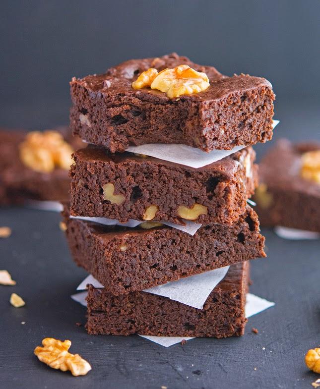 Choc walnut brownies