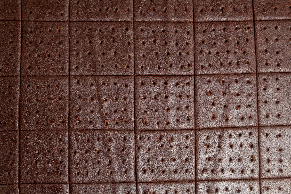 Chocolate graham crackers bottom sheet