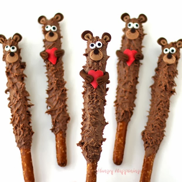 Chocolate teddy bear pretzel pops
