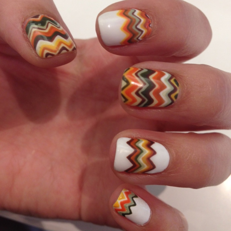 Diy chevron fall nail art