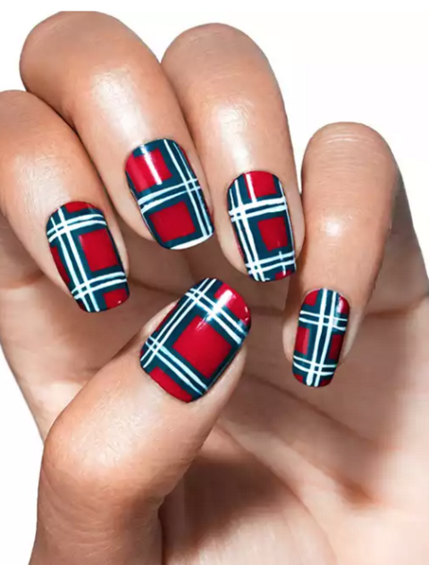 Diy plaid nail art