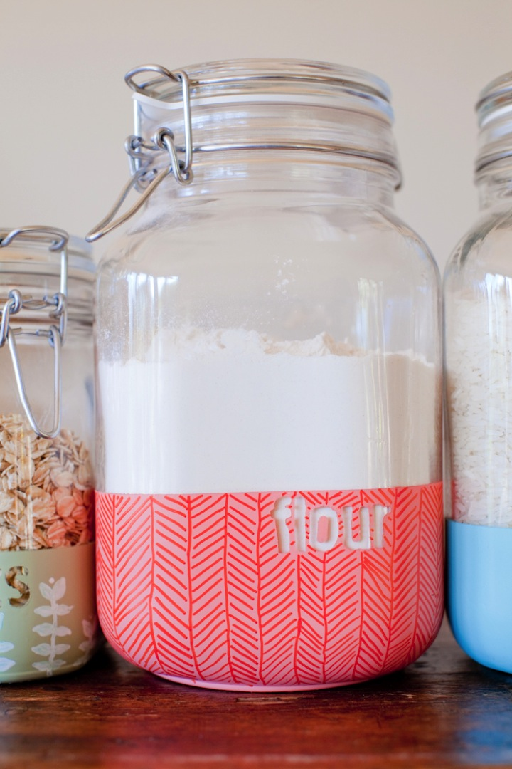 Diy dipped pantry storage jars