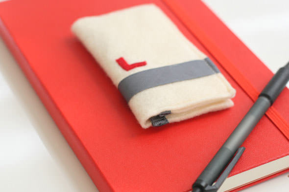 Felt business card holder